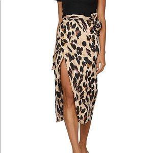 High waist leopard wrap skirt